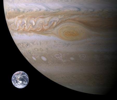 木星と地球の写真